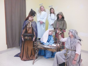 Clockwise from the top: Sara Bivins, Cassidy Lytch, RJ Thomas, Noah Huntley, Nic Tewell, and Ryleigh Ingram will play in 'The Best Christmas Pageant Ever.' Courtesy photo
