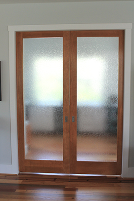 sliding-craft-room-door